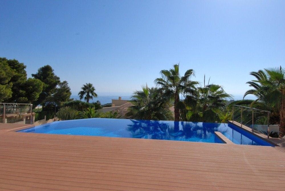 Villa de lujo con vistas al mar en venta en Moraira, San Jaime