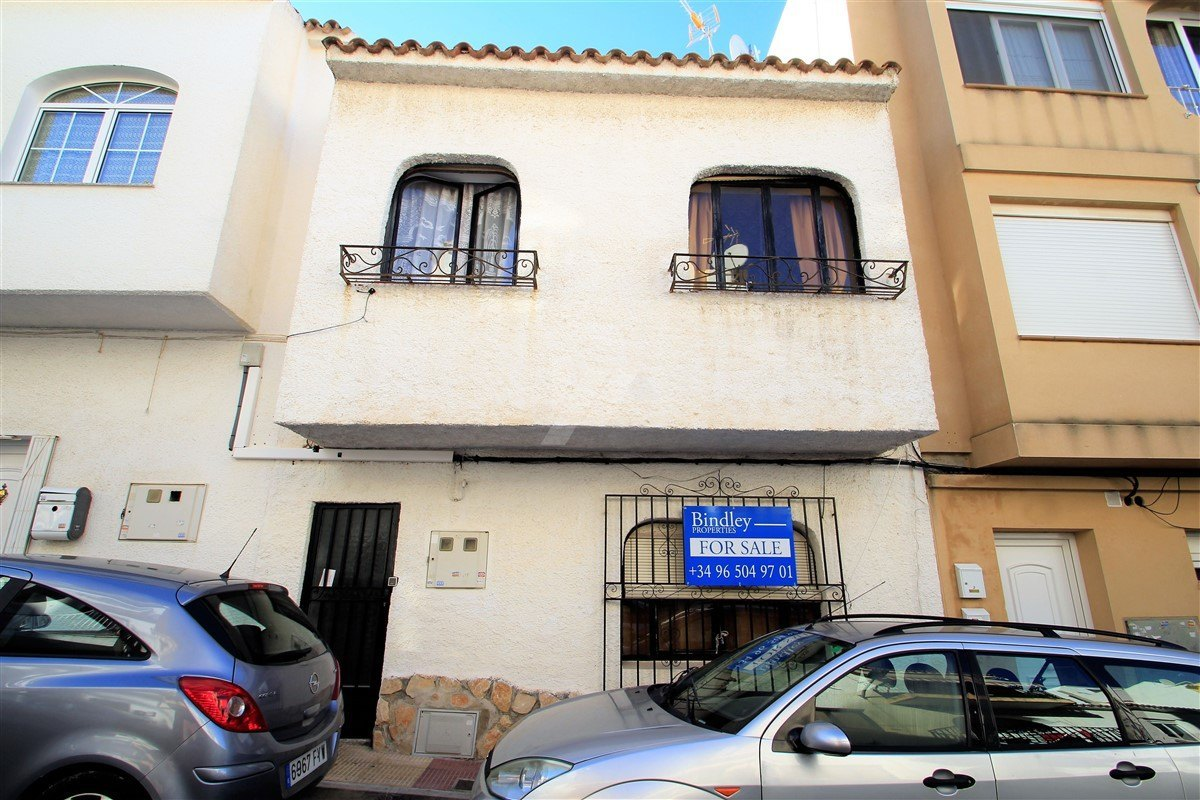 Local Comercial en venta en el centro de Moraira