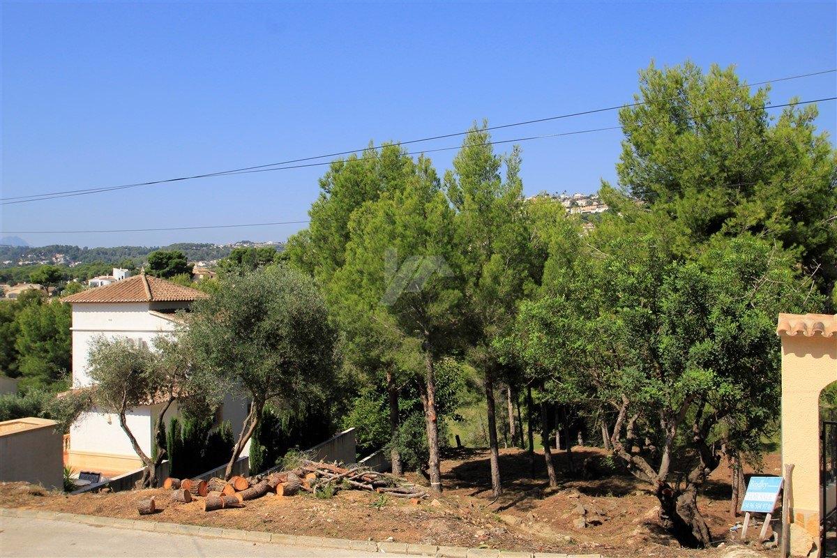 Parcela con vistas a la montaña para la venta en Benissa, San jaime.