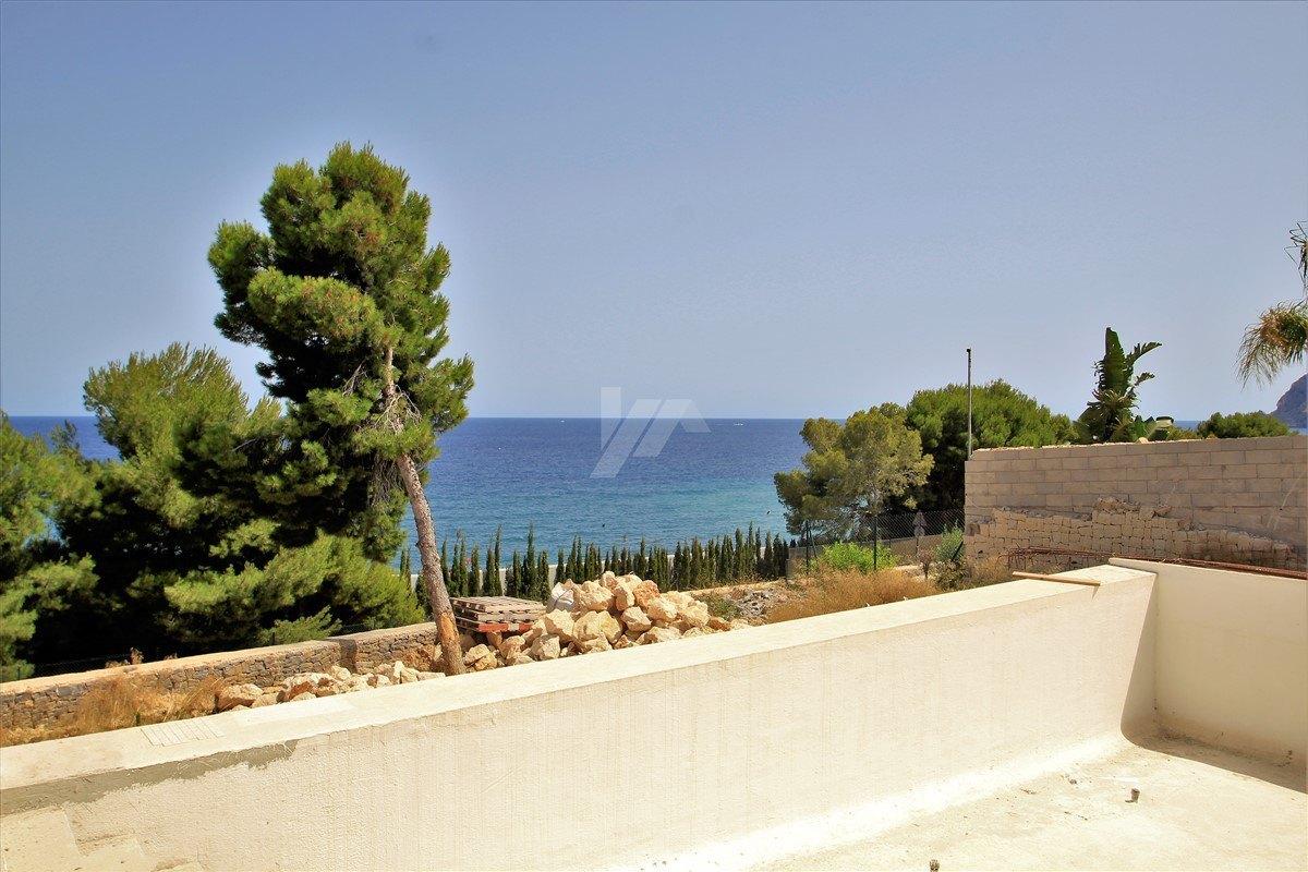 Villa con vistas al mar en venta en Benissa, Costa Blanca.